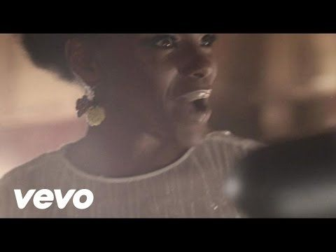 Noisettes - Never Forget You - YouTube