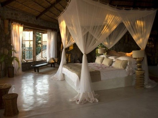 Love love love.! Looks relaxing and romantic :)