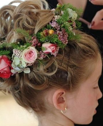 Flower Girl Hairstyles In 2019 My Style Flower Girl