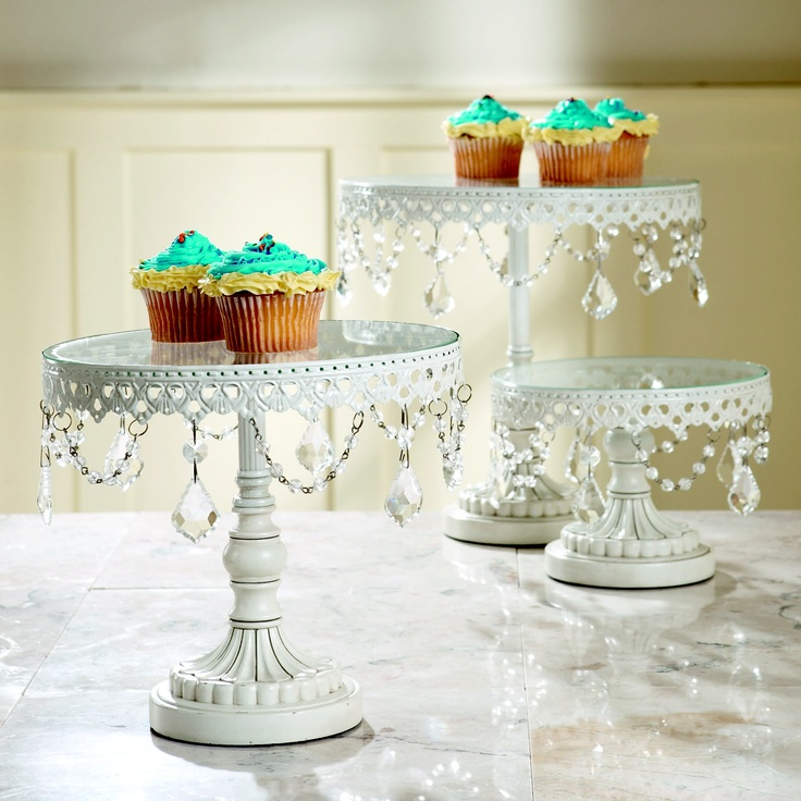 jeweled wedding cake stands jeweled vintage white cake stands http www 16595