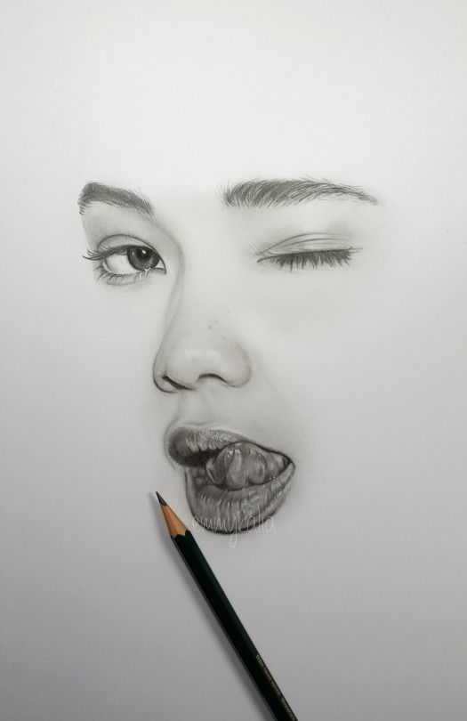 Drawing a minimalistic face ashley moore with faber castell graphite pencils watch the