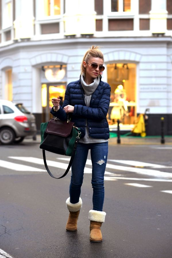 Kasia Tusk blog: Winter Street Style, Fashion, Ugg Boots, Cozy Winter, Snow Boots, Street Styles, Winter Outfits, Winter Boots, Christmas Gifts