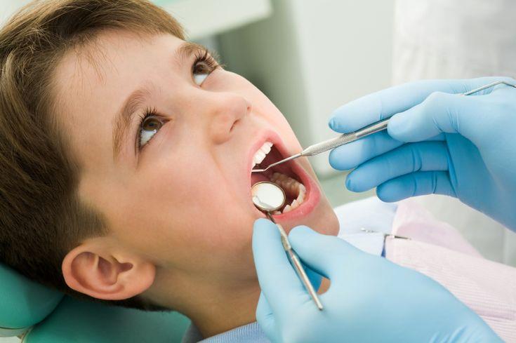 Τι κάνει ο Παιδοδοντίατρος κατά την πρώτη επίσκεψη