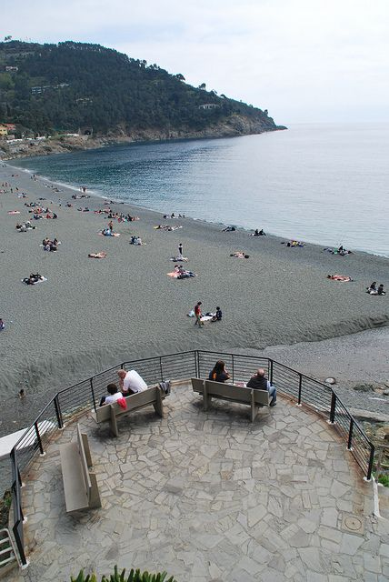 Bonassola Beach, Liguria, Italy www.caduferra.it
