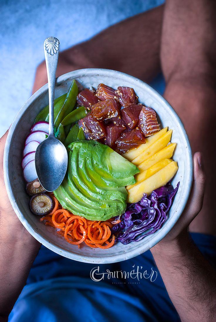 Receta del Poke Bowl de atún rojo marinado - Gourmétier