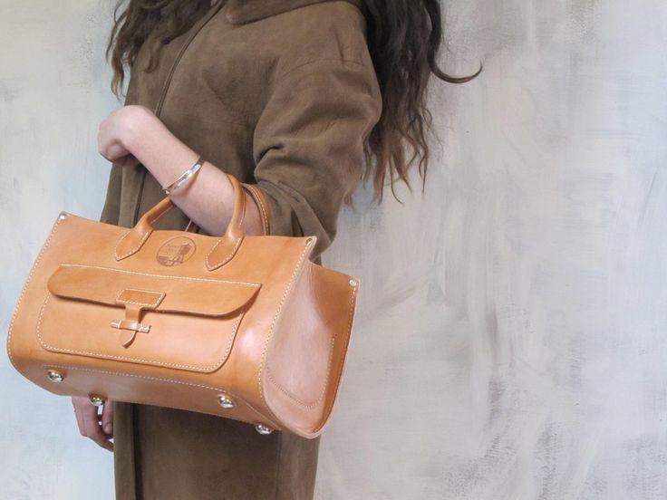 Spring Finn & Co Leather tote | SPRING FINN & CO