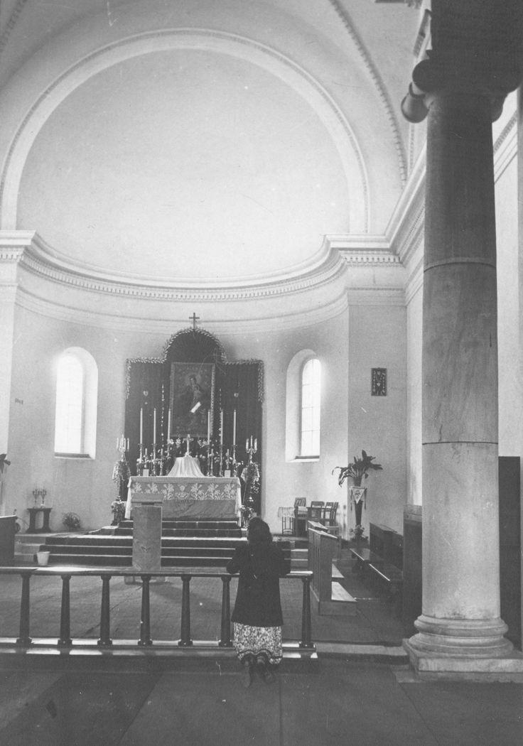 Budowa klasztoru i kościoła Dominikanów w Poznaniu // Ołtarz z obrazem Matki Bożej Różańcowej.