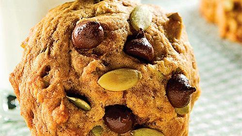 Biscuits à la citrouille et pépites de chocolat - Recettes de cuisine, trucs et conseils - Canal Vie
