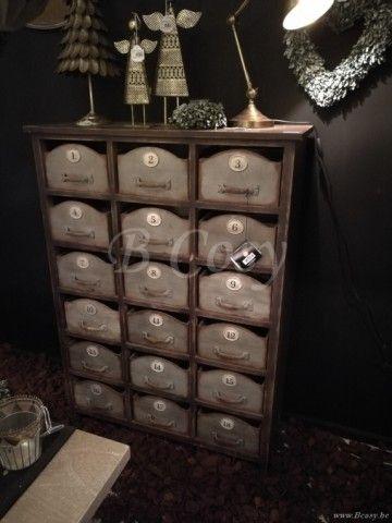 J-Line Houten bruine ladenkast-rek met 18 metale schuifjes 90