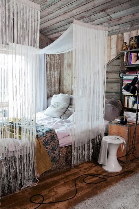 great canopy. bohemian bedroom decor