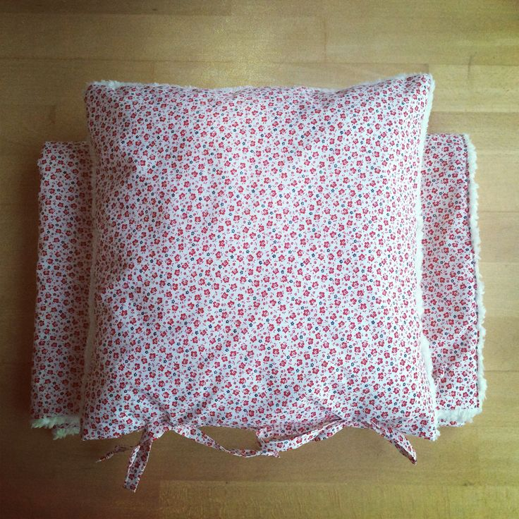couverture + coussin / blanket + cushion