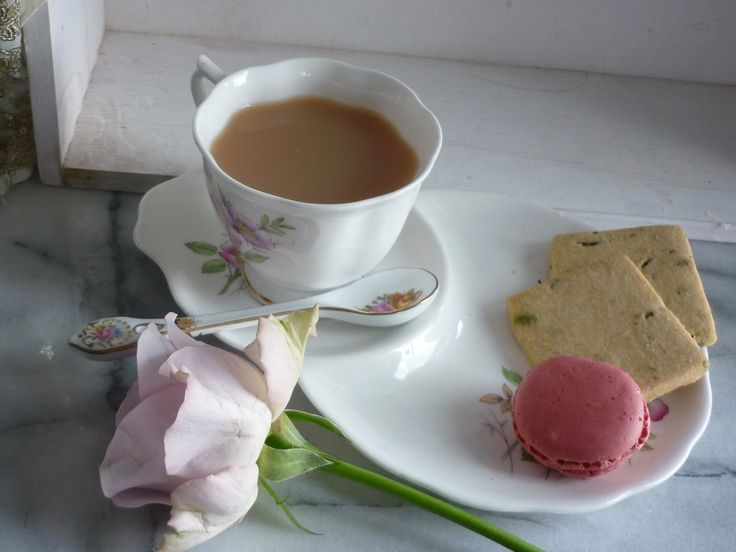 "Royal Albert ""Tennis set"" Bone China, Flower of month, June Rose, Collectors Set, Wedding ""something old"", ""You're worth it"" gift by BitsnBobsnKeepsakes on Etsy"