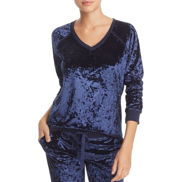 Pj Salvage Crushed Velvet Long-Sleeve Top (€46) ❤ liked on Polyvore featuring tops, navy, crushed velvet long sleeve top, navy blue long sleeve top, blue long sleeve top, p.j. salvage and navy long sleeve top