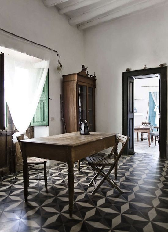Ginostra B Mare Solo, Stromboli, Italy. Photo Sergio Ghetti #floor #tile