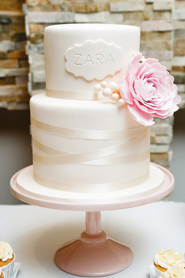 Love the elegant almost ballerina feel of this cake. Gorgeous All That Glitters is Gold First Birthday Party