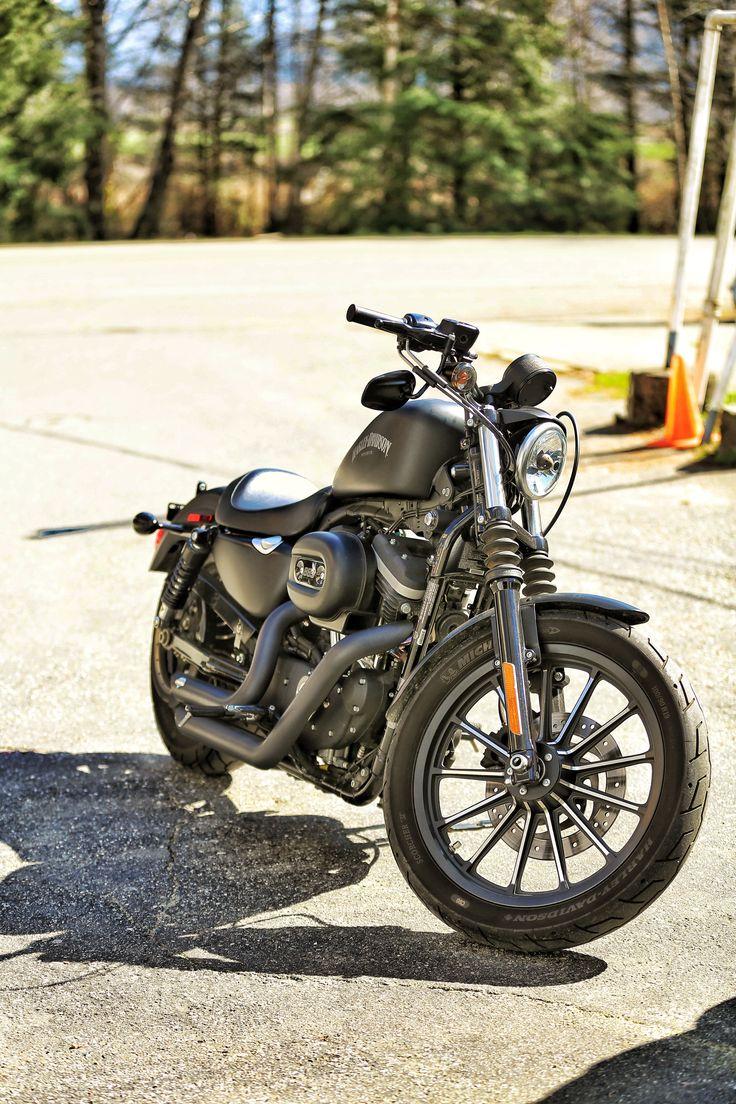 sporster 883 harley motorcycle
