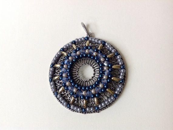 PENDENTE ORO BLU pendente rotondo gioiello di ERYCOLLECTION, $22.00
