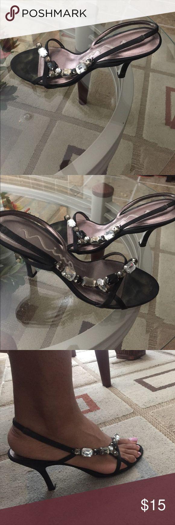 Nina Dressy After 5 Heels. Dressy heels for cocktail or formal attire. Super comfortable. Jewel detail. 3.5inch heel. Size 8 US. Nina Shoes Heels