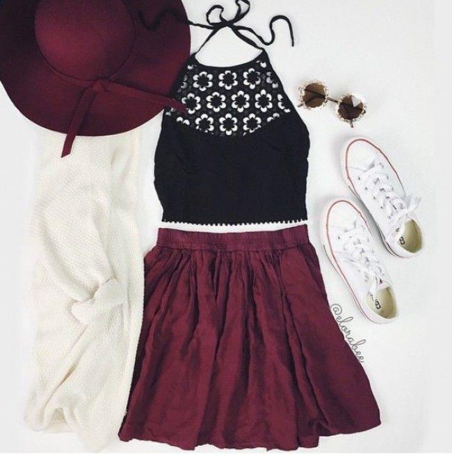 Para el primavera  La blusa negra, el sombrero rojo, la falda roja, los zapatos blancos y rojos.  Cuestan $315/ 280.35€ Clavado por: Sonia Fuller