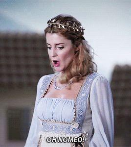 Grace Helbig  queen