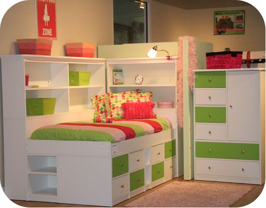 Berg Furniture Sierra Jr Captains Bed with Bookcase. 31 best Youth Furniture images on Pinterest   3 4 beds  Bedroom