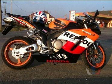 Prodej Honda CBR 1000 RR Fireblade [qw.jpg]