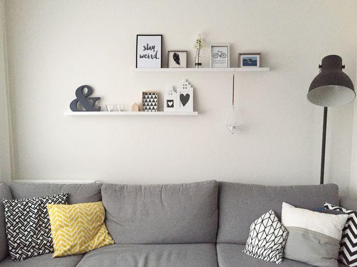 Livingroom, hektar lamp Ikea, shelves