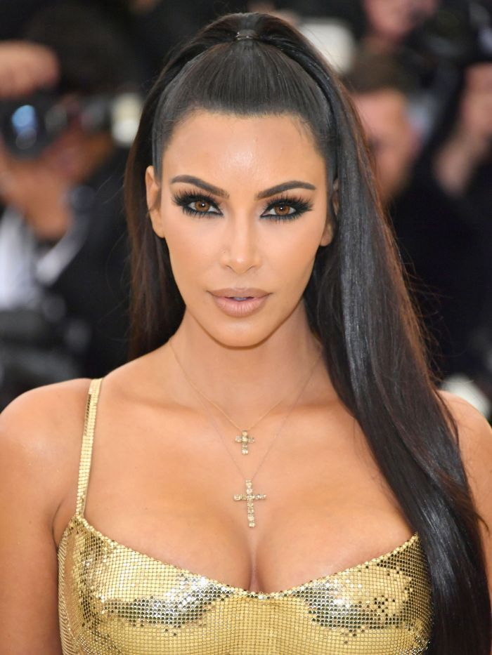 Met Gala 2018  , Kim Kardashian ,  eye makeup , neutral lip