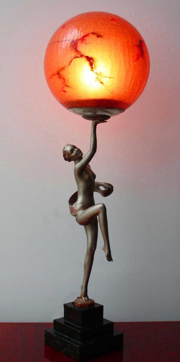 유 Illuminating Lamps 유  Spelter figural lamp