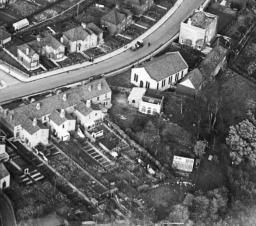 Housing surrounding Sutton Avenue and Wick Road, Brislington, 1931 | Britain from Above