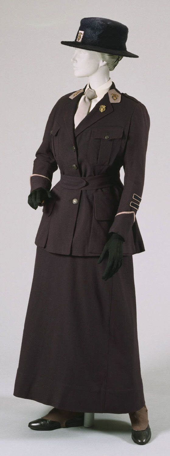 Uniform of a Captain in the National League for Women's Service: Jacket, Skirt, Belt, Hat, Spats, and Pin 1917 Made by Louis Sterling & Co., Philadelphia, PA