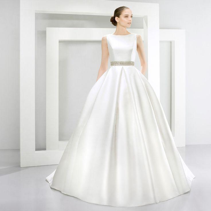 bridals by lori - JESUS PEIRO 0128882, In store (http://shop.bridalsbylori.com/jesus-peiro-0128882/)