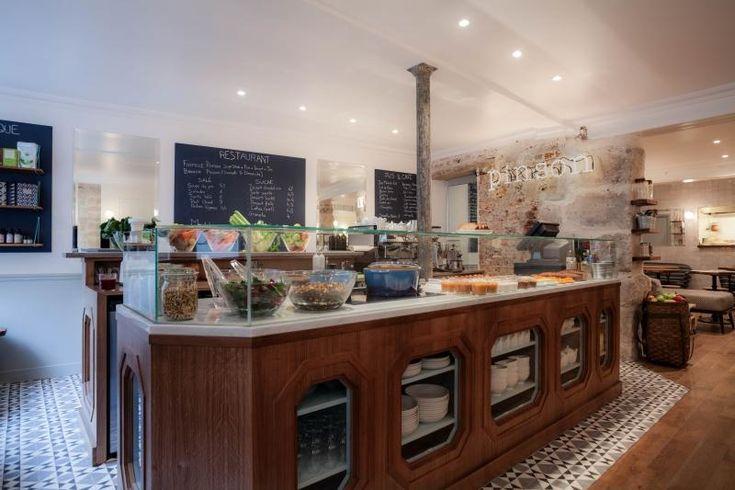 Café Pinson, 6 rue du Forez 75003 Parijs - Tel: 09 83 82 53 53.  Brunch op zondag van 12u tot 14u30.