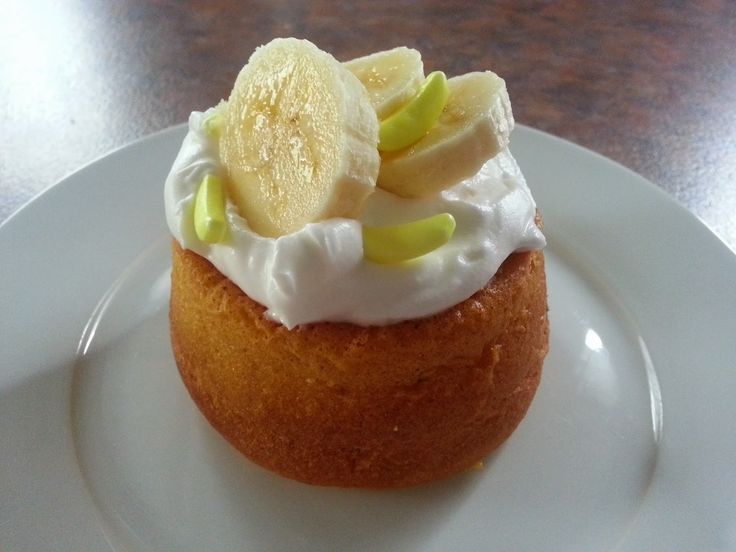 Kiwi Cakes Banana cloud desserts