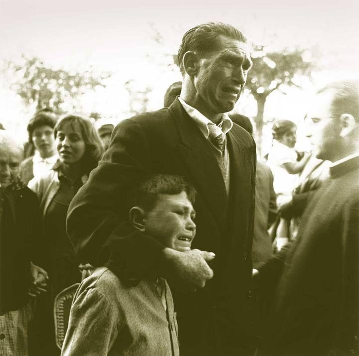Despedida de emigrantes en La Coruña (1957), de Manuel Ferrol
