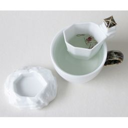 White Porcelain Mug and Strainer Set with Korean Pavilion Design