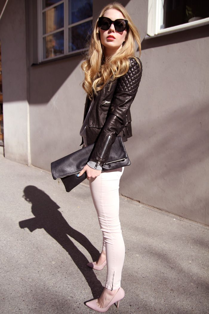 A Mini-Saia Jeans, Biker Jackets, Pastel Pink, Pink Pants, Leather Jackets, Carolina Engman, White Jeans, Pink Jeans, Style Fashion