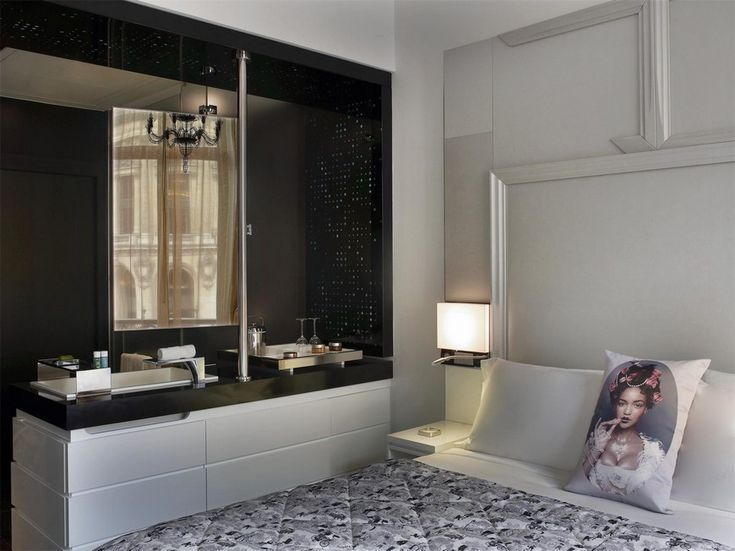 Based in New York, the group creates magical environments that seamlessly integrate the newest technology, traditional craftsmanship and finest design ➤ To see more news about Bedroom Ideas visit us at www.bedroomideas.eu #bedroomideas #interiordesign #rockwellgroup #davidrockwell #bedroomdesigns #designprojects #bestinteriordesigners