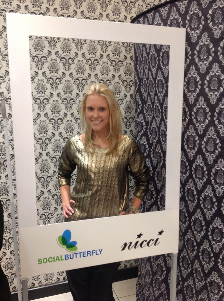 Leigh Crymble in the #instastation at the #NicciWinter14 launch