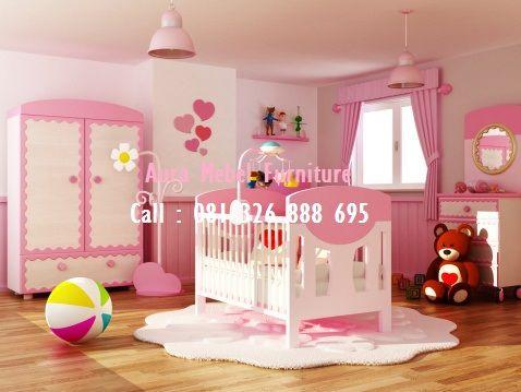 Set Tempat Tidur Bayi Perempuan merupakan salah satu produk furniture set kamar tidur terbaru dan termasuk dalam kategori produk set kamar unggulan