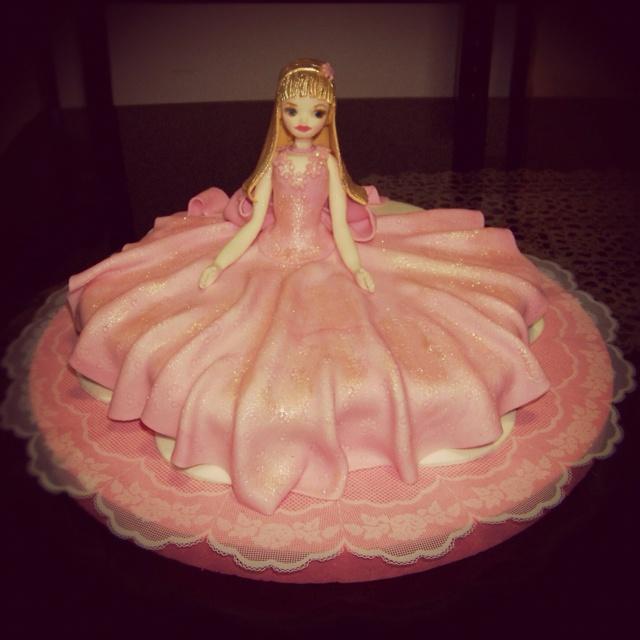#Barbie #cake #torta por @acuariana7
