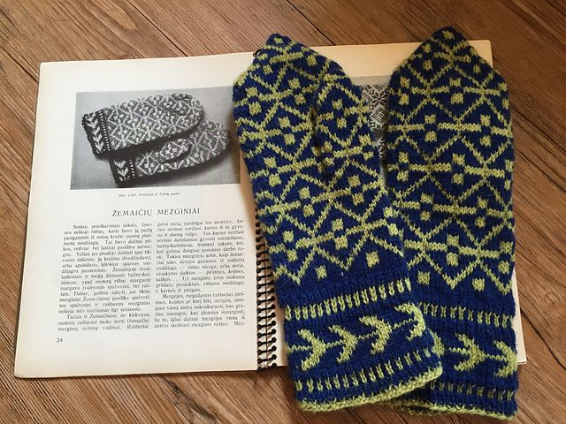 Lithuanian Knitting Patterns : 136 best images about Lithuanian Knitting on Pinterest Traditional, Knit pa...