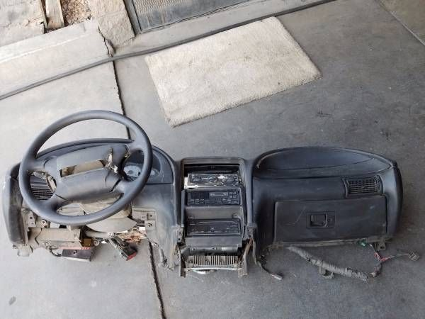 Mustang Parts 99-04: Dash Trunk Cluster Wing Dash Suspension etc – auto parts – by owner