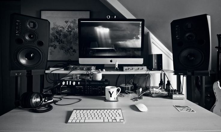 """Nolly: iMac 27"""" i7 processor 16GB RAM, running Logic Pro 9 RME Fireface 400 Adam S3X-V monitors Ultrasone PRO900 headphones Fractal Audio Axe-FX II Audient MiCO and Chandler Germanium preamp/DIs Darkglass Microtubes B7K bass preamp/overdrive Radial Pro-RMP reamp box"""