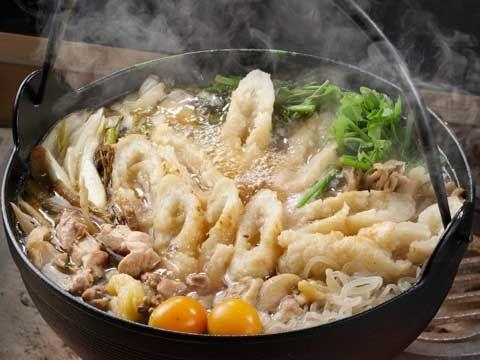 秋田県の郷土料理「きりたんぽ鍋」レシピ紹介!|ふるさとれしぴ