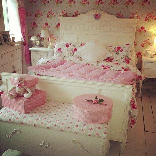 красивая, кровать, спальня, декор, цветы, девушка комната, девочка, девчушка, дом, интерьер, свобода, розовый