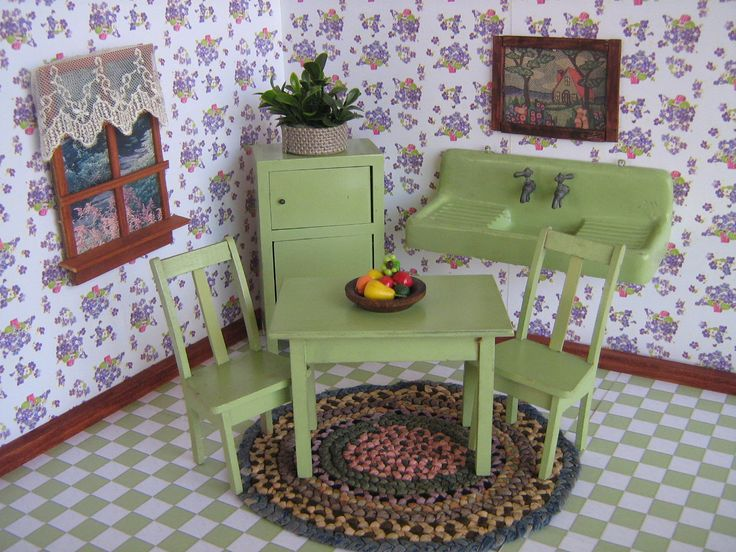 Vintage HTF WISCONSIN TOY Co.- Dollhouse Green Kitchen Set - Five Pieces  - Large One Inch Scale- ca. 20s-30s