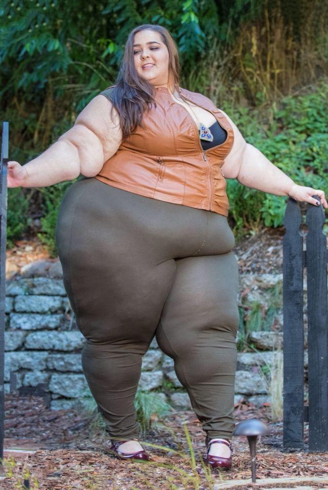 Chubby queen weight gain