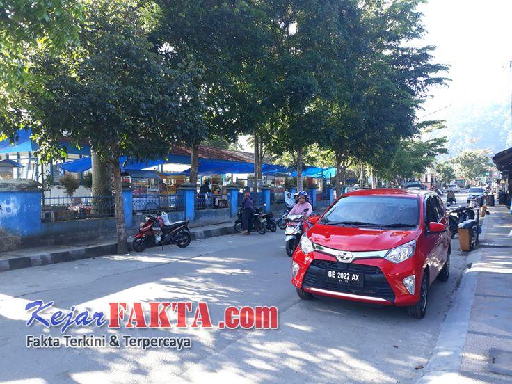 Foto : Suasana Tempat jajanan kuliner di Terminal kota Liwa      Kejarfakta.com,Lambar -Mencari jajanan kuliner  yang enak dan murah te...