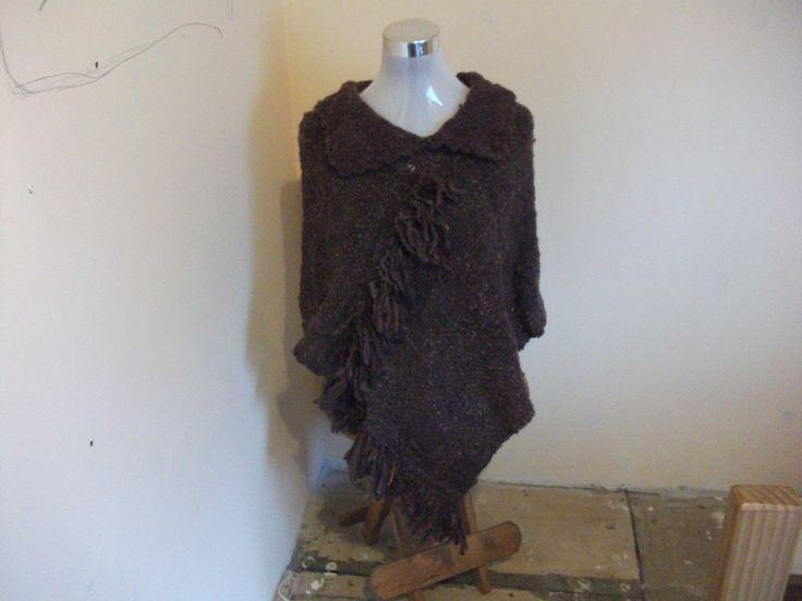 Poncho  con lana de oveja,confeccionado en telar maria.